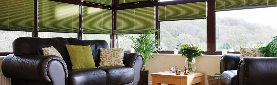 conservatory-pleated-side-blinds-1140x450